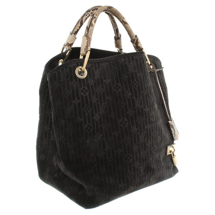 Louis Vuitton Handbag in black