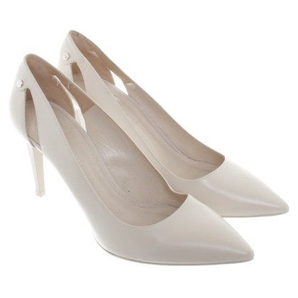 Hugo Boss Pumps in Creme