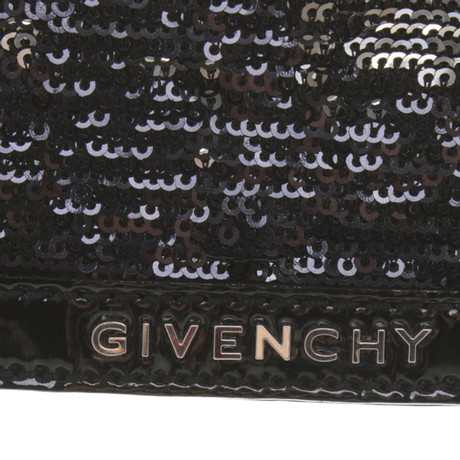 Givenchy Clutch aus Lackleder Schwarz #NAME? 26gvC