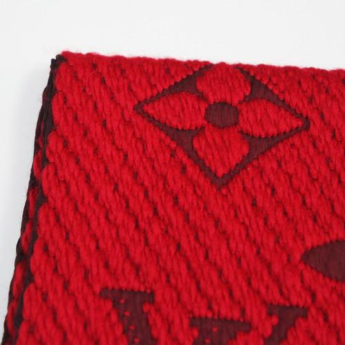 l'atteggiamento migliore 8f014 c2e3b Louis Vuitton Sciarpa in Lana in Rosso - Second hand Louis ...