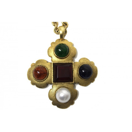 Chanel Cross necklace-brooch