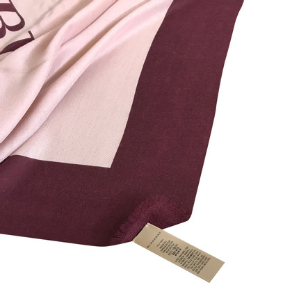 Burberry Cloth in wine red
