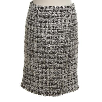 Chanel Pencil skirt in black / white