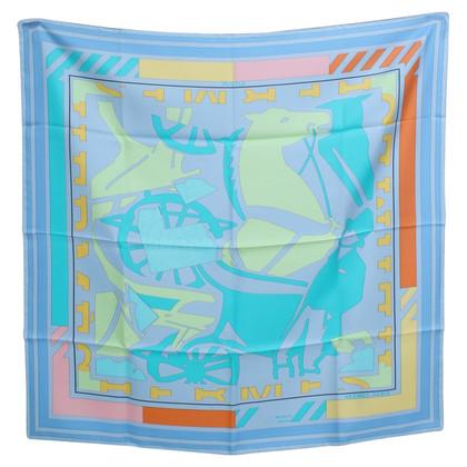 Hermès Foulard en soie avec des motifs graphiques