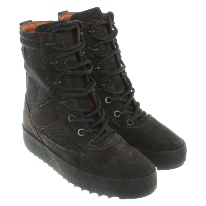 Yeezy Ankle boots in khaki - Second
