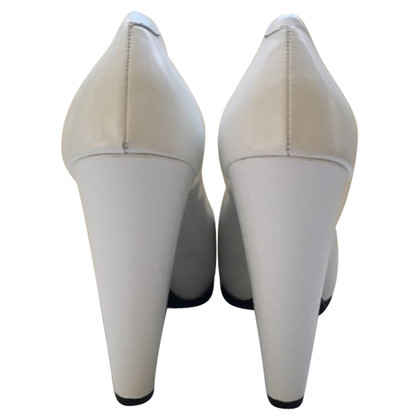 Céline Pumps in Weiß