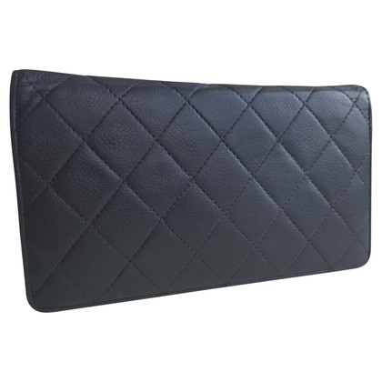 Chanel Wallet with quilted pattern