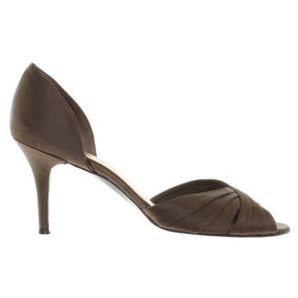 Stuart Weitzman Satin-Pumps in Braun