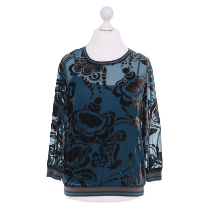 Escada top with pattern