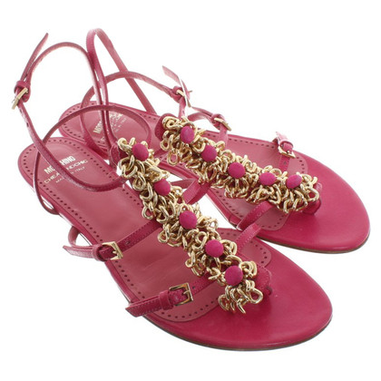 Moschino Cheap and Chic Sandals in fuchsia