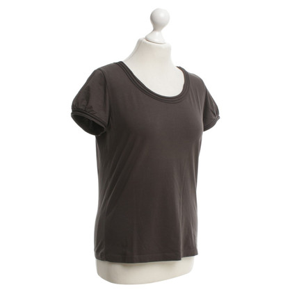 Hugo Boss T-shirt in brown
