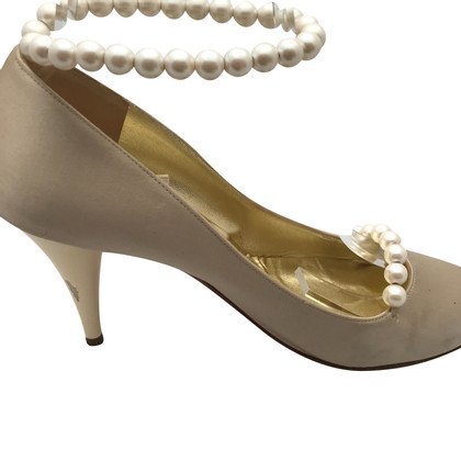 Chanel Tacchi di velluto beige