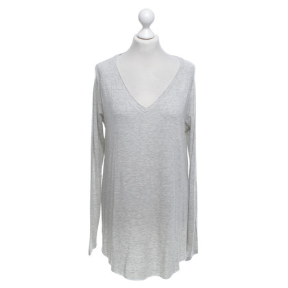 American Vintage top in light gray