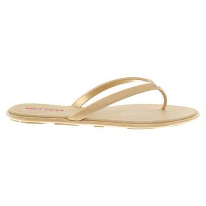 Prada Toe separator in gold