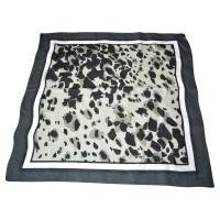 Burberry Cloth with animal print