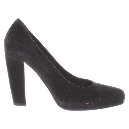 Prada pumps from suede