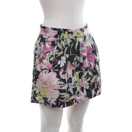 Reiss Shorts with a floral print