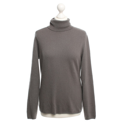 Allude Cashmere sweater with turtleneck