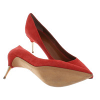 Hugo Boss pumps in red
