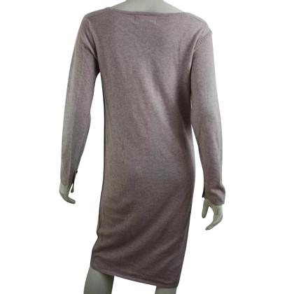 Humanoid Jurk gemaakt van wol en linnen