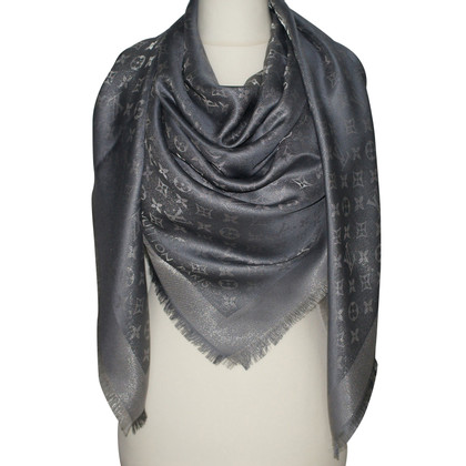 Louis Vuitton Monogram Shine cloth in grey