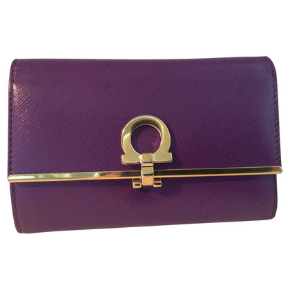 Salvatore Ferragamo Wallet in Violet