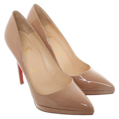 Christian Louboutin pumps in patent leather