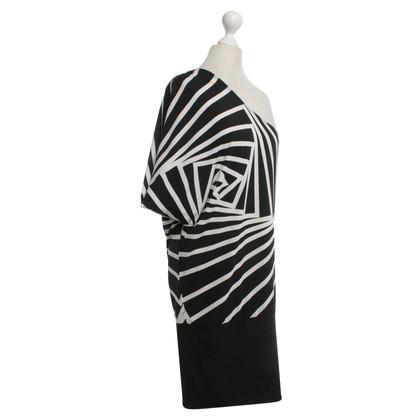 BCBG Max Azria One-Shoulder-Kleid