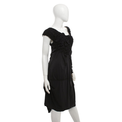 Andere Marke High Use - Kleid in Schwarz