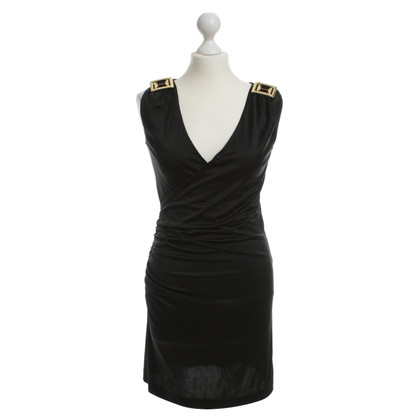 Halston Heritage Dress with decorative brooch