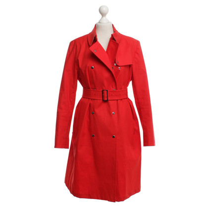 Burberry Trenchcoat in red