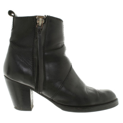 "Acne Boots ""Short Nero pistola"""