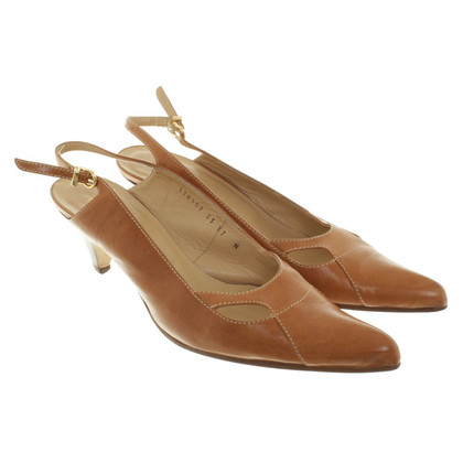Aigner pumps in Brown