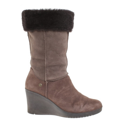 UGG Australia Boots in Taupe / Brown