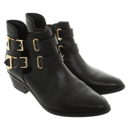 Sandro Ankle boots in black