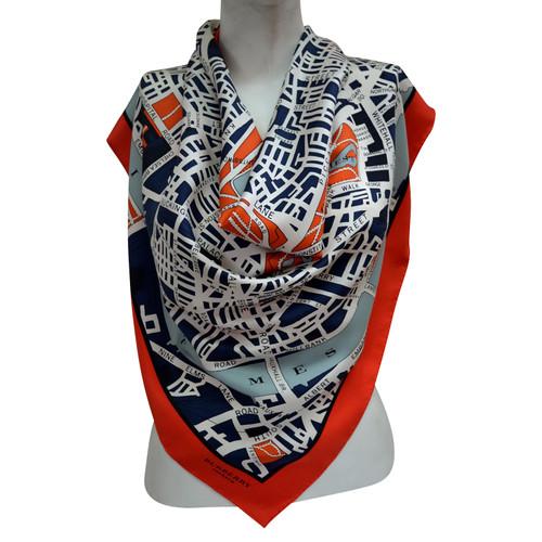 fe446cdc696a Burberry Prorsum Foulard en soie avec motif à carreaux - Acheter ...