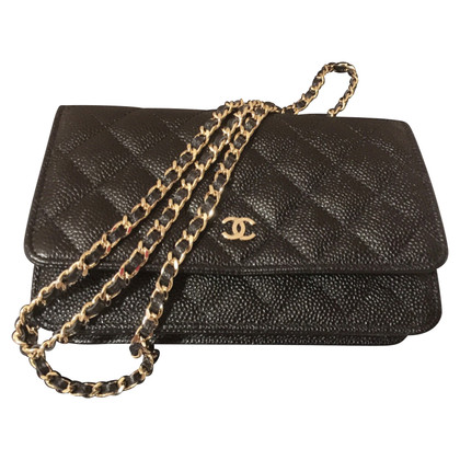 """Chanel """"Wallet On Chain"""""""