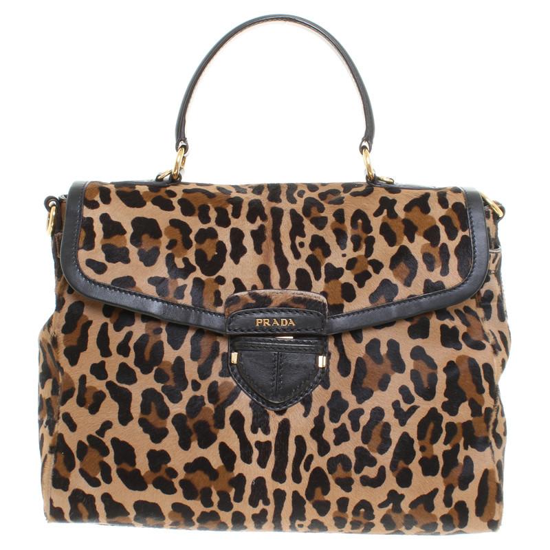 prada echtfell tasche mit leoparden print second hand prada echtfell tasche mit leoparden. Black Bedroom Furniture Sets. Home Design Ideas