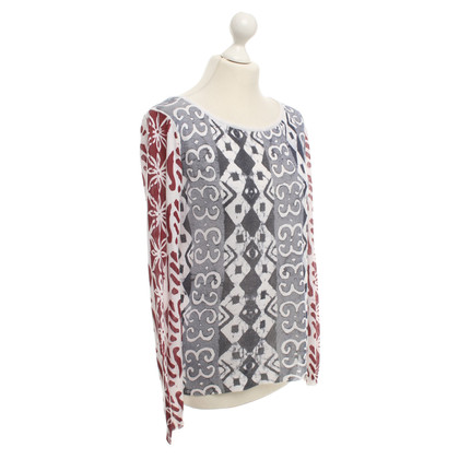 DURO OLOWU top with colorful pattern
