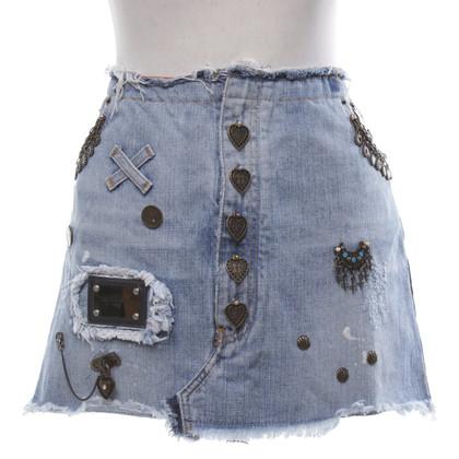 Dolce & Gabbana Denim skirt in destroyed look