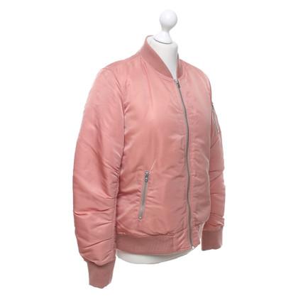 Closed Bomber in rosa antico