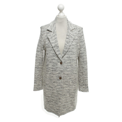Cinque Coat in black and white