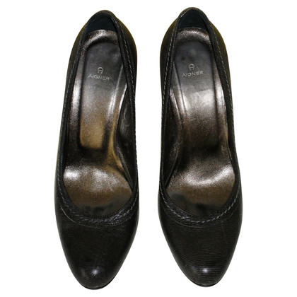 Aigner Pumps in Dunkelbraun