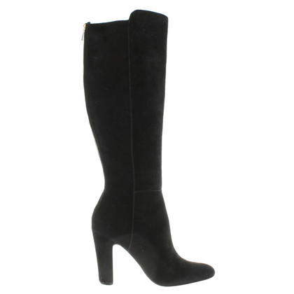 Vince Camuto Boots in black