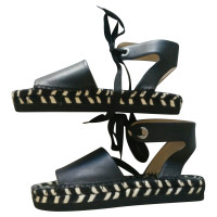 Paloma Barcelo Sandals in black
