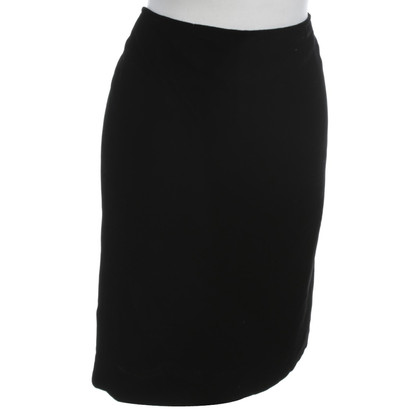 Emanuel Ungaro Velvet skirt in black