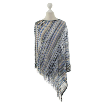 Missoni Poncho mit Muster