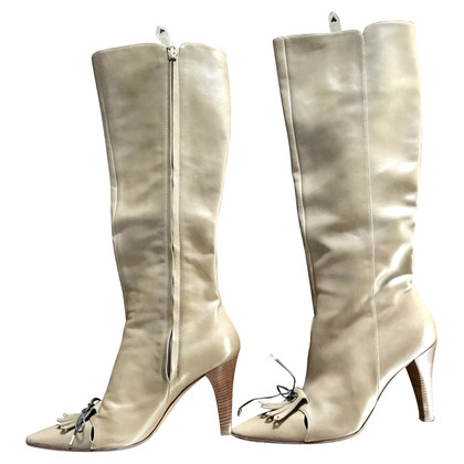 Moschino Cheap and Chic Stiefel in Beige
