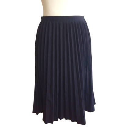 Manoush Pleated skirt in black