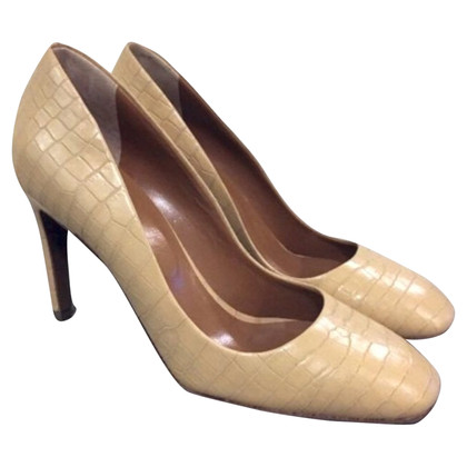 Hobbs pumps